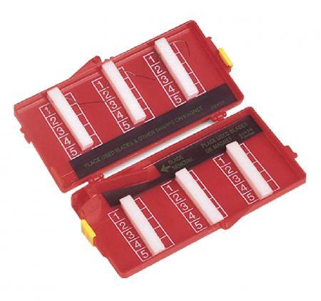 קופסאות מגנטיות, עטים סטריליים ועוד